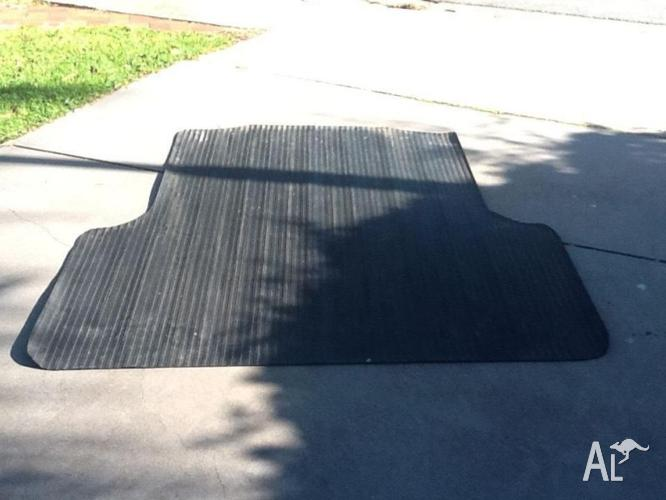 RG Holden Colorado Dual Cab Ute Rubber Mat for Tub