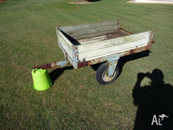 Ride on lawn mower trailer - Garden Trailer - Oldie but