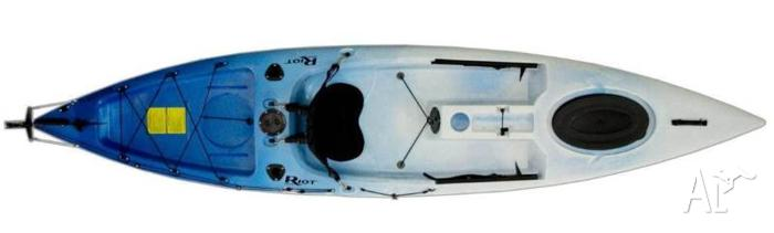 Riot Escape 12 SOT Fishing KAYAK plus deluxe seat BRAND