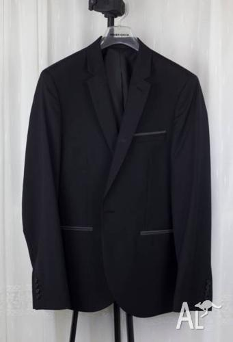 Roger David Black Suit Set (XL, with pants & 2x Shirts)