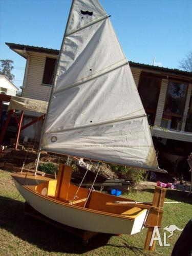 sabot class sailing boat complete w/ launching trolley