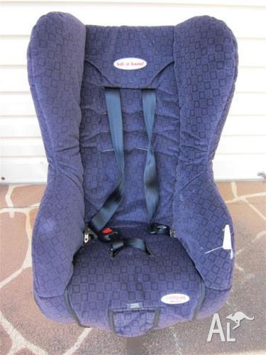 Safe n Sound (Britax) Compaq Deluxe Car Seat