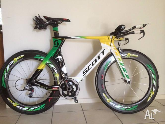 Scott Plasma 3 triathlon / time trial bike