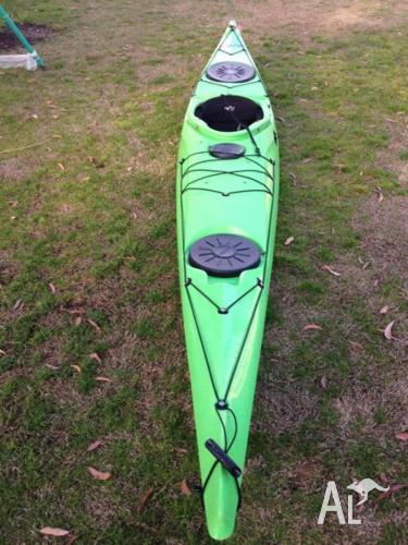Sea-tourer kayak