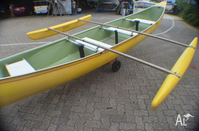 Secondhand 20ft canoe with see through floor!