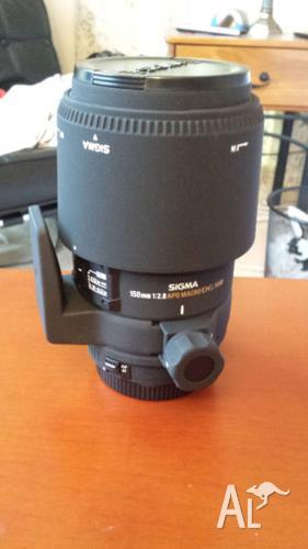 Sigma 150mm f/2.8 EX APO DG Macro Lens for Canon