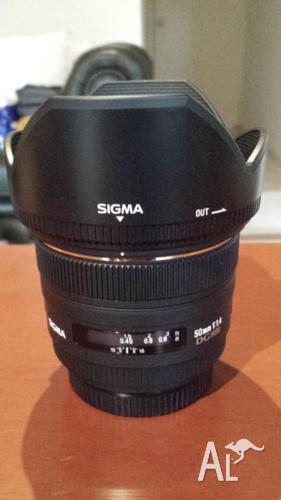 Sigma EX 50mm f/1.4 DG EX HSM Lens for Canon