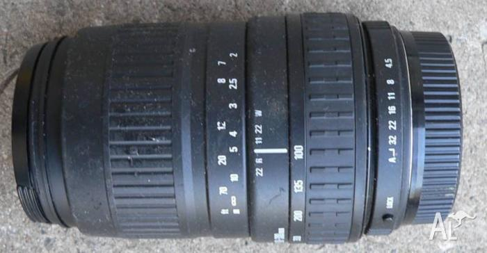 Sigma Zoom Lens 100-300 mm automatic for Pentax