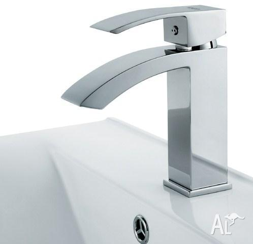 Single Hole Bathroom Faucet Chrome VG-1015