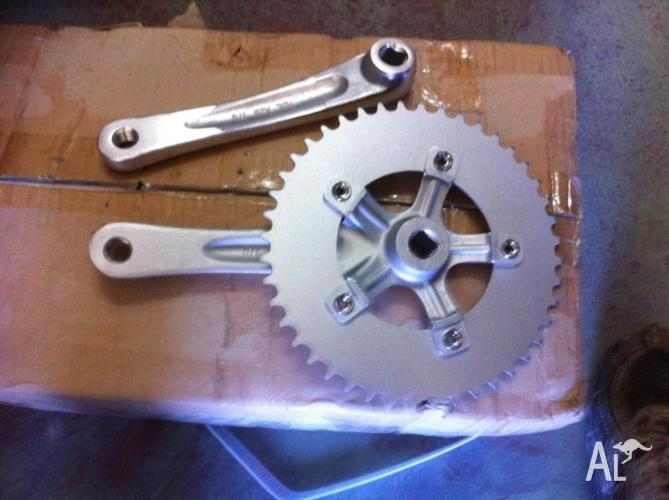 Single Speed crank set 44 T Alloy cranks 17 CM length