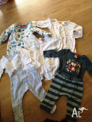 Size 000 baby boy bundle