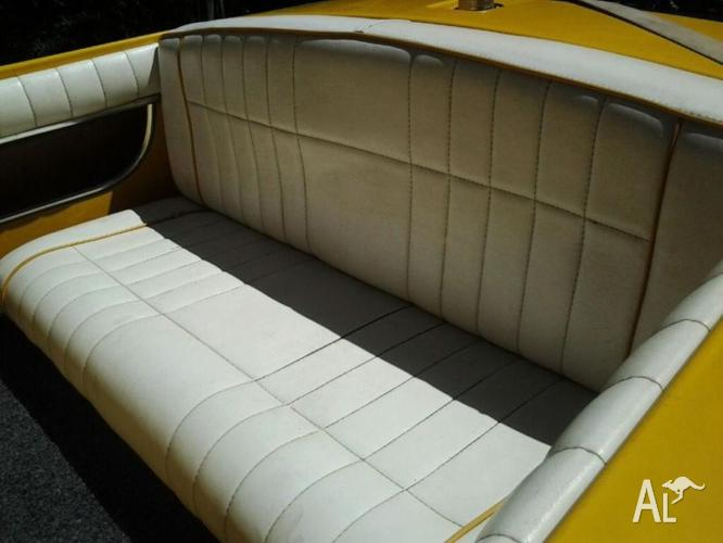 SKICRAFT CLINKER 350 CHEV for Sale in LONG POINT, New South