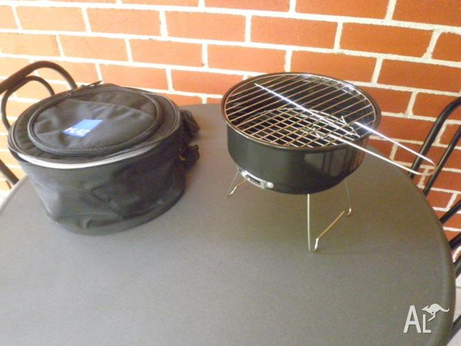 Small portable griller