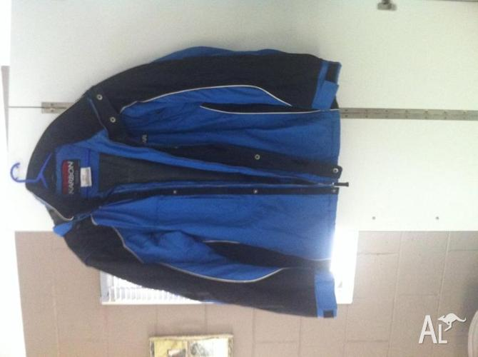 SnowBoard/ Ski Jacket Mens Karbon size L