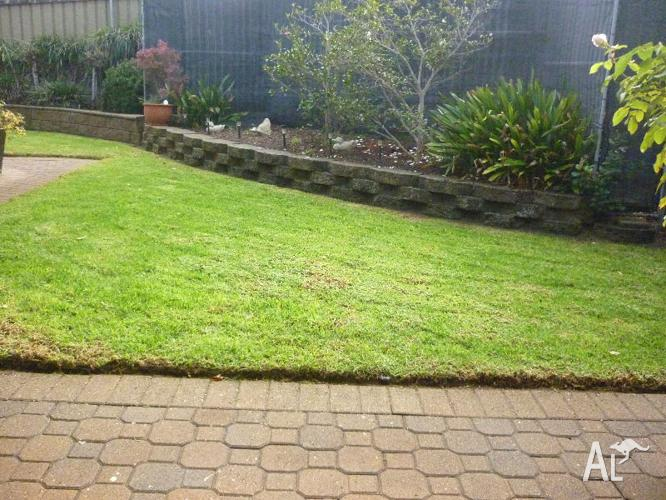 SOUTHERN LAWN MOWING & PRUNING
