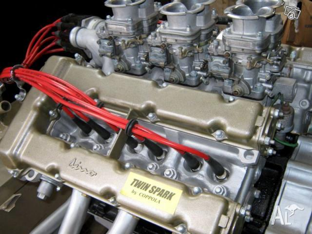 Spare parts and engines for Oldtimer cars