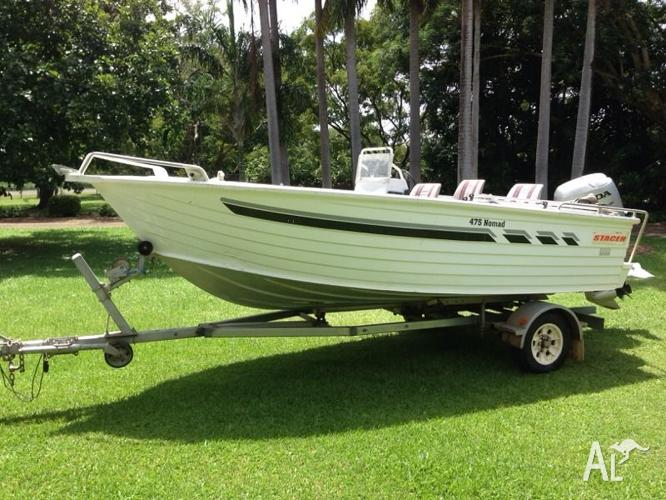 Stacer 475 Nomad side console boat