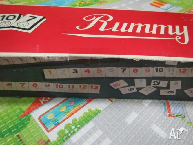 Superb Vintage Rummy Board Game in Case made in Taiwan