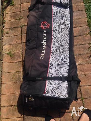 Surf board bag on wheels