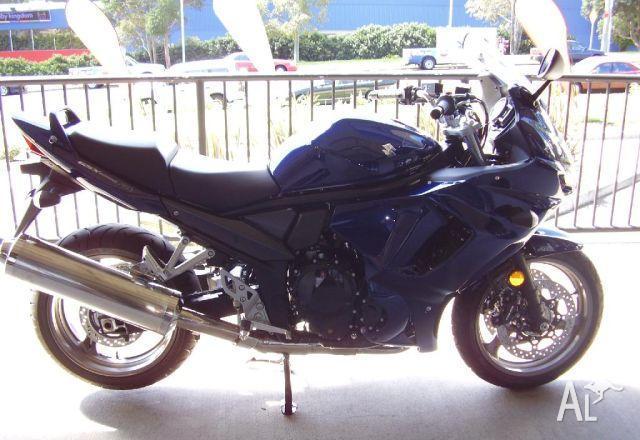 Castle Hill Motorcycles Suzuki