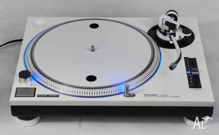 Technics 1200 MK2 Turntable WHITE Custom Blue LED