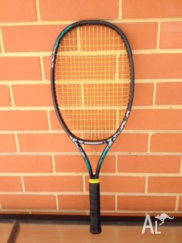Tennis Racquet 'Yonex' RD 23 Super Mid Size
