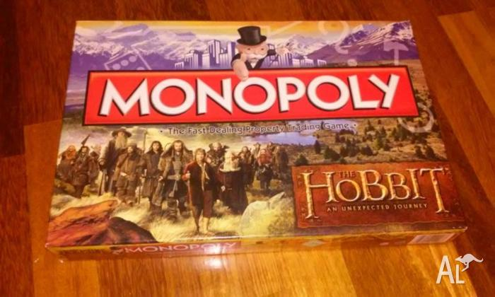 The Hobbit Monopoly Board Game/Only used once