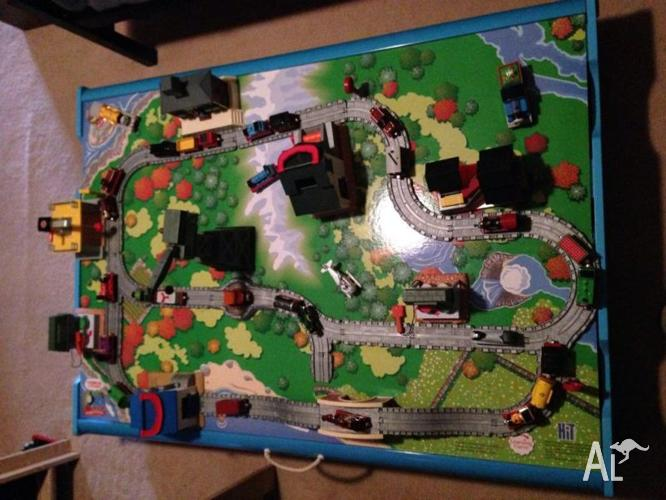 Thomas \u0026 Friends Train Set including under bed storage & Thomas \u0026 Friends Train Set including under bed storage table for ...
