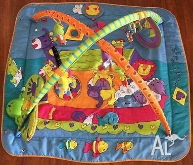 Tiny Love Gymini Kick & Play Tummy Time Activity Mat