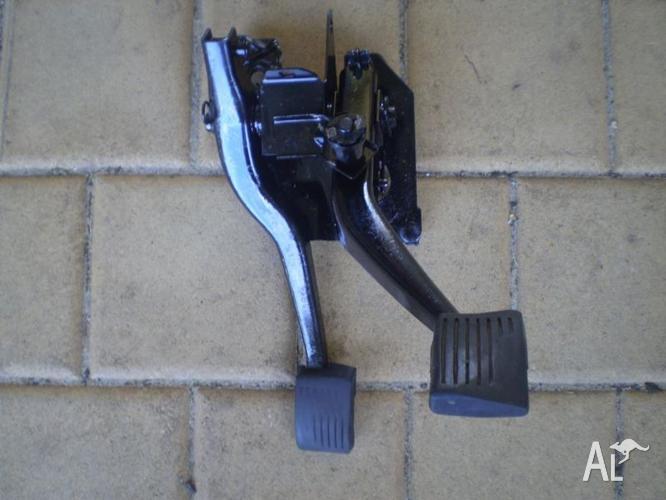torana lc or lj manual pedal box used condition for sale in arthur rh arthur river wa australialisted com Pedal Covers Manual Manual Foot Pedals