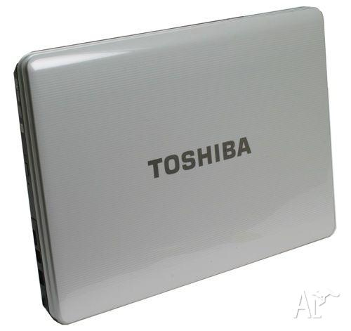 **TOSHIBA LAPTOP WHITE - satellite