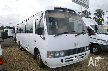 Toyota coaster motor home for sale in gympie queensland for Beds r us gympie