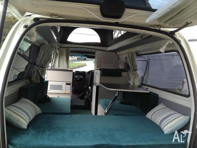 Toyota hiace sbv campervan