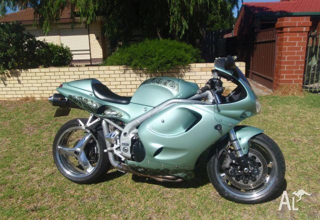 triumph t595 daytona 1998 for sale in seaford, south australia