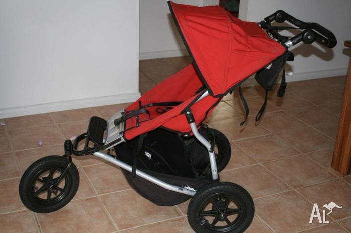 Urban Jungle Mountain Buggy Pram In Red With Bassinet For Sale In