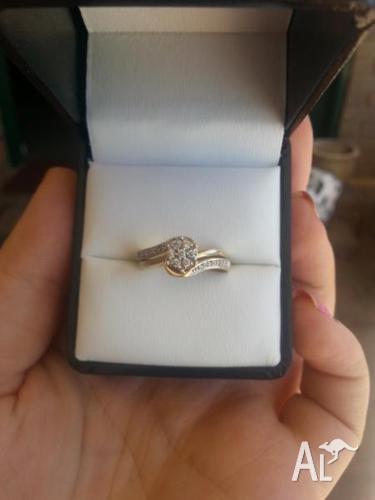 URGENT SALE Gold- Diamond Engagement Ring Set