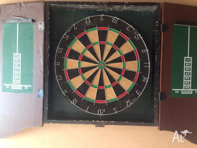 Used Dartboard in good condition