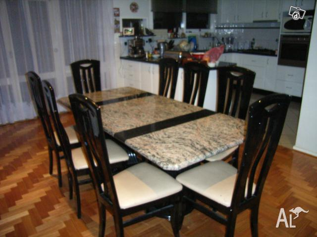 Dining Table: Used Dining Table Victoria