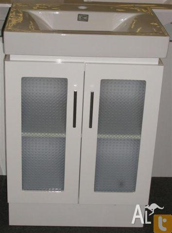 Vanity Cabinet 600Mm