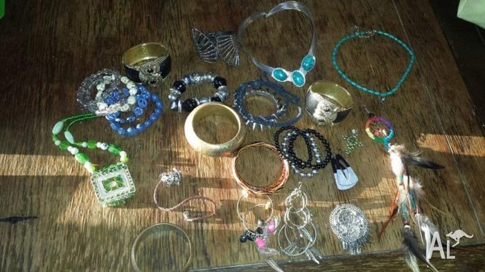 Various costume jewellery, owls, boho, hippie, beads,