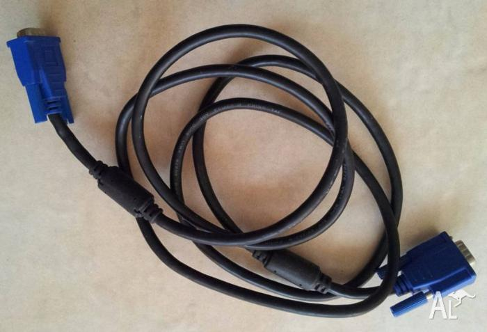 VGA CABLE FOR COMPUTER 2M