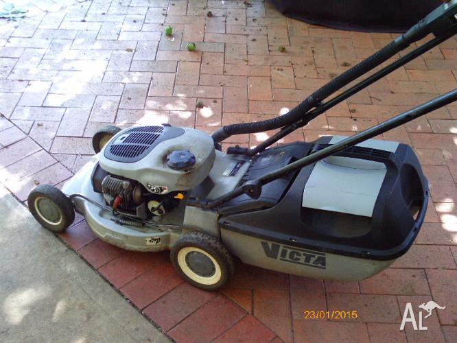 Victa Mustang 2 stroke Lawn Mower