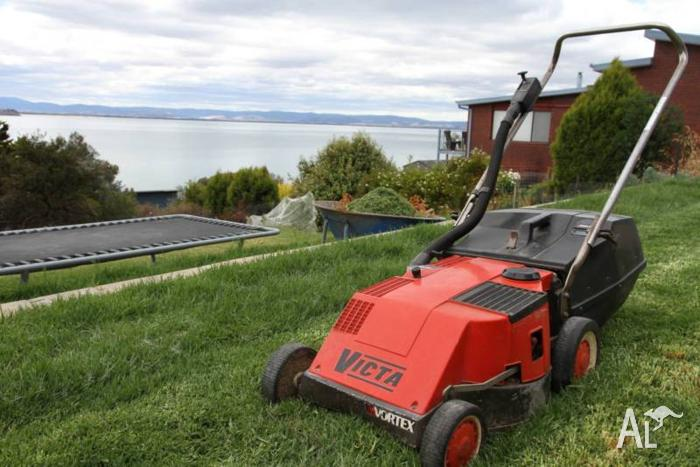 Victa Vortex 2 stroke lawn mower