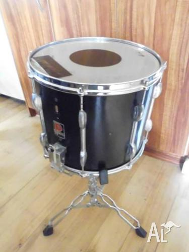 VINTAGE 60s PREMIER SNARE DRUM - BIRCH WOOD with STAND