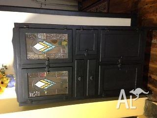 Vintage Leadlight Kitchen Cupboard For Sale In Freeling South Australia Classified Australialisted Com