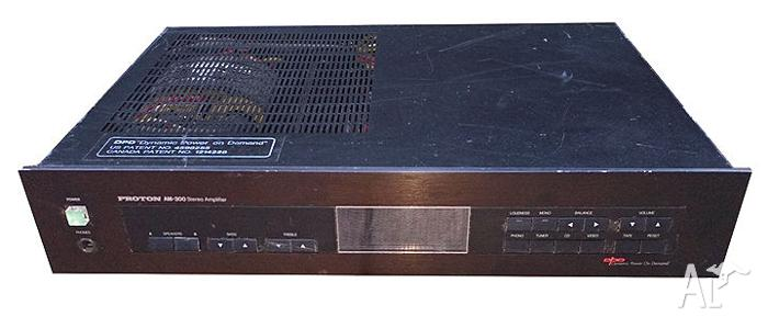 Vintage Proton AM-300 Stereo Amplifier