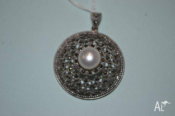 Vintage Sterling Silver, Marcasite with central Pearl