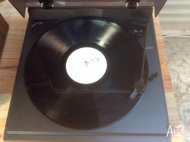 vinyl record player retro sharp rp 320 for sale in athelstone south australia classified. Black Bedroom Furniture Sets. Home Design Ideas