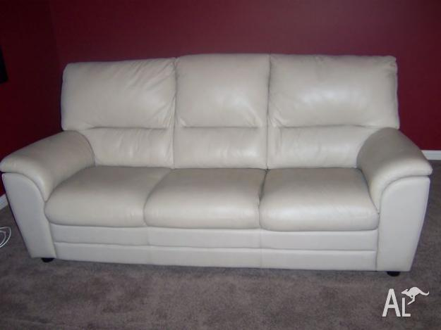 Violino Leather Lounge 3 Seater Amp 2 Recliners For Sale In