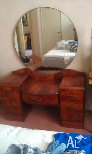 Walnut Art Deco Dressing Table